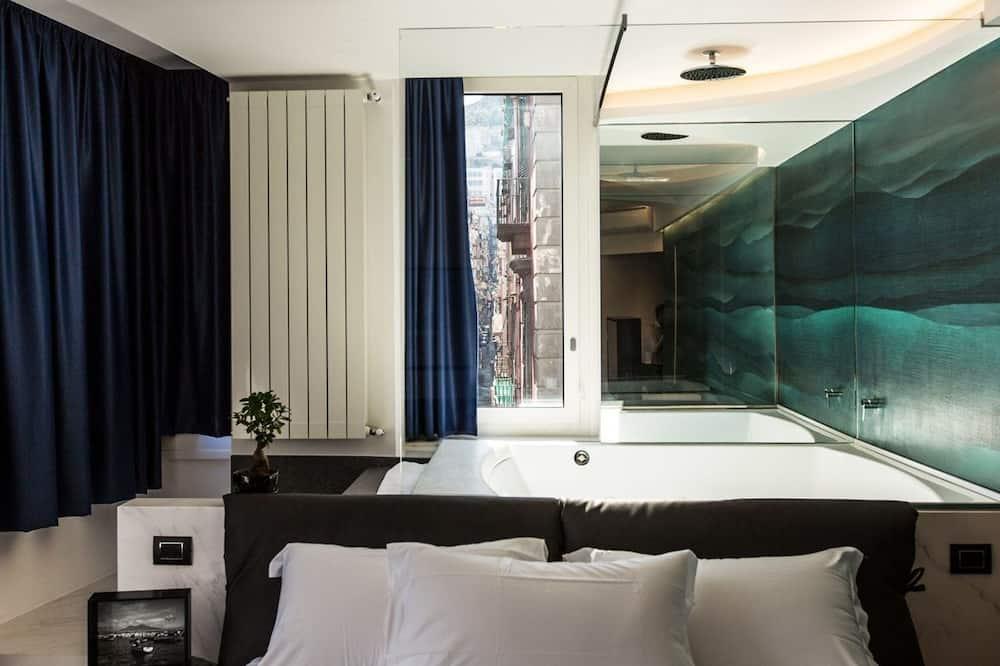 Apartament typu Suite, wanna z hydromasażem, widok na miasto - Powierzchnia mieszkalna
