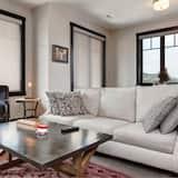 Townhome, 3 Bedrooms - Ruang Tamu
