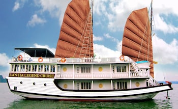 Nuotrauka: Lan Ha Legend Cruise, Halong