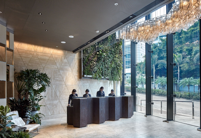 The Emperor Hotel, Hong Kong, Resepsionis