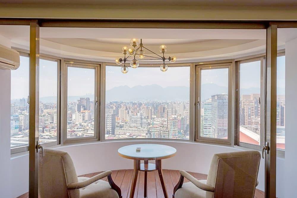 Habitación familiar, 2 camas dobles, vista a la ciudad - Balcón