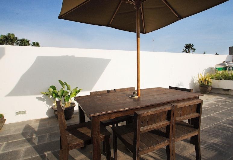 Villa Ruandra, Seminyak, Vila superior, Terraço/pátio