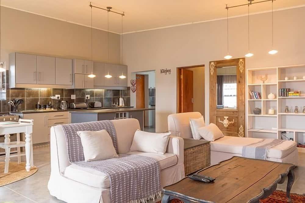 Apartment, 2 Bedrooms (Etosha) - Living Area