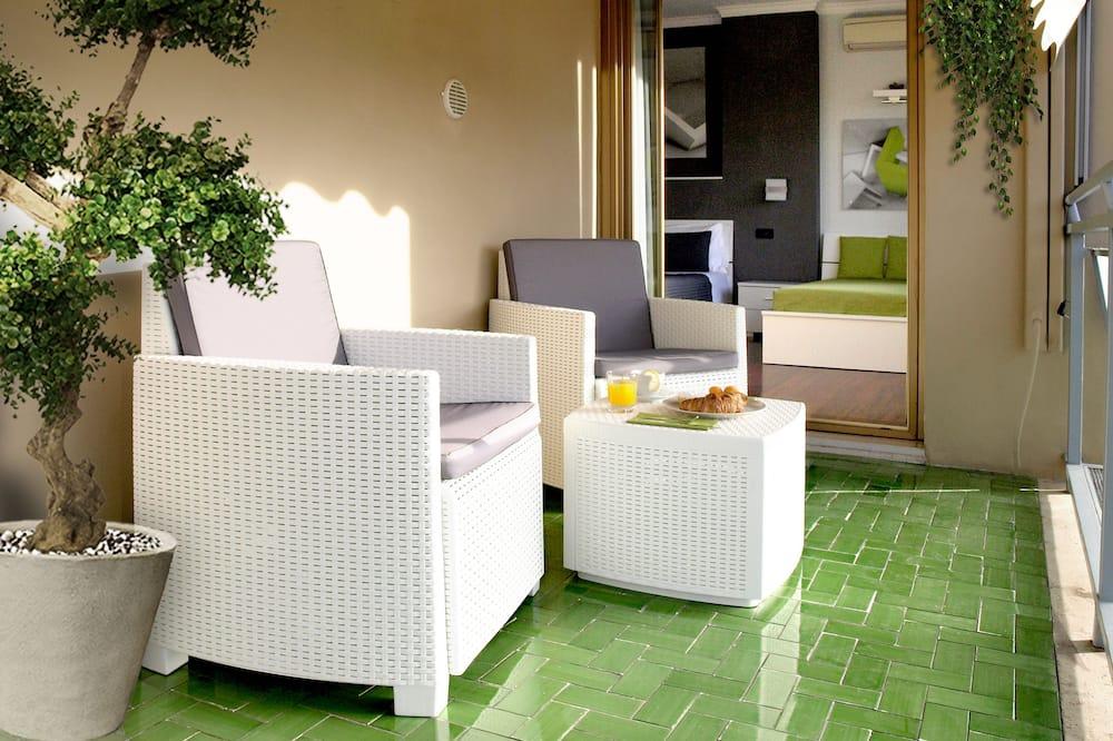 Kamar Deluks (Private bathroom) - Balkon