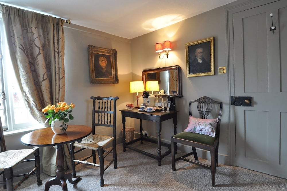 Standartinio tipo kambarys, 1 labai didelė dvigulė lova (John Norris) - Vakarienės kambaryje