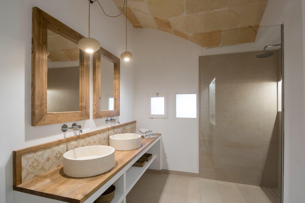 Dobbeltværelse (Deluxe) - Badeværelse