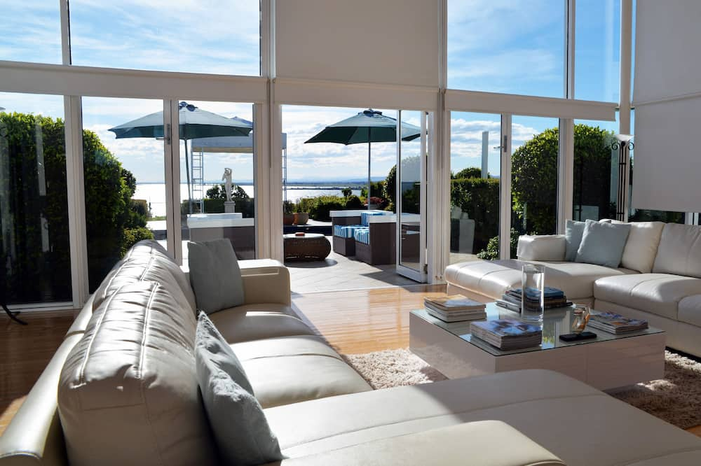 Tintagel Family Home  - Living Area