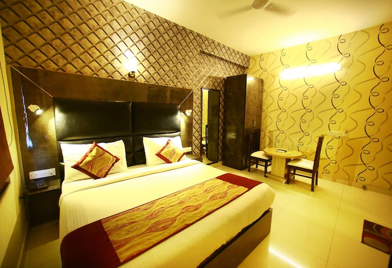 Hotel Smart Palace , New Delhi, Family Suite with Airport Drop, Kamer