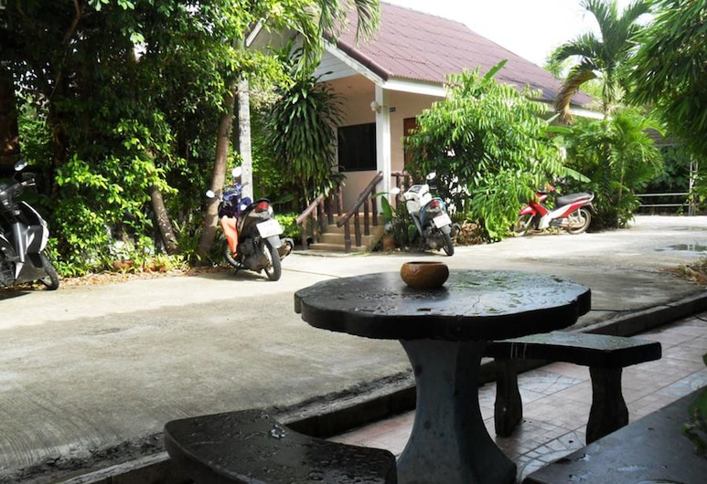 Aonang SR Bungalow, Krabi, Terrace/Patio
