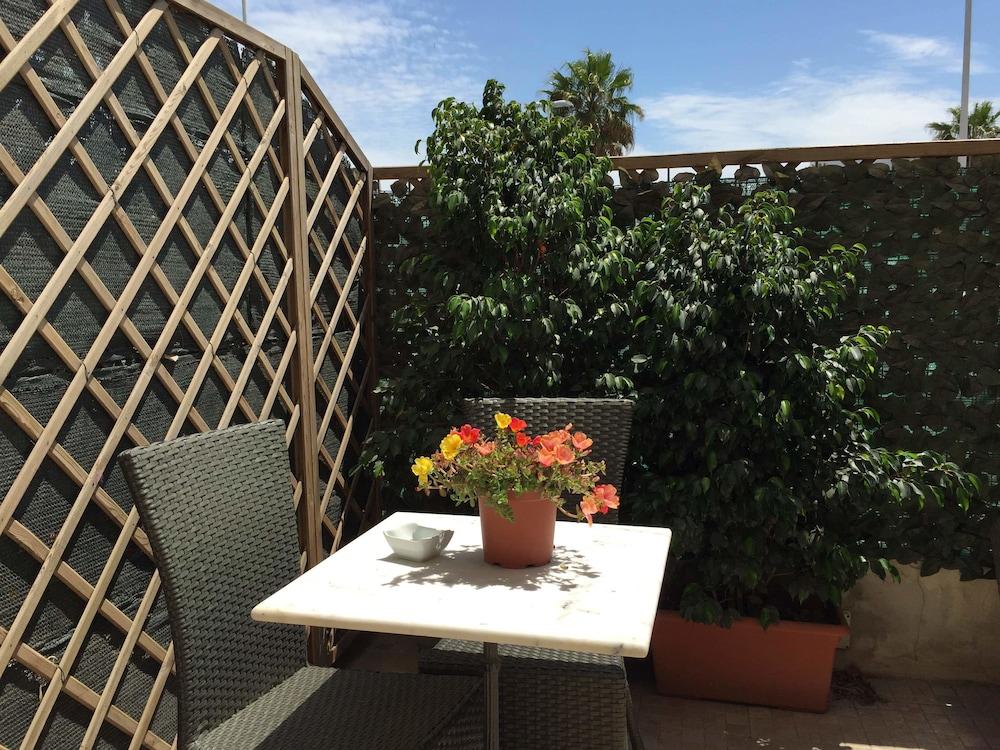Prenota Hotel Poetto a Cagliari - Hotels.com