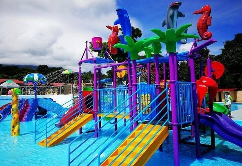 Villa Paraiso Resort & Apartelle, Mambajao, Water Park