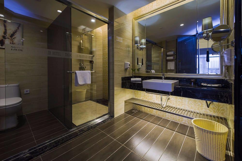 Phòng Suite Business - Phòng tắm