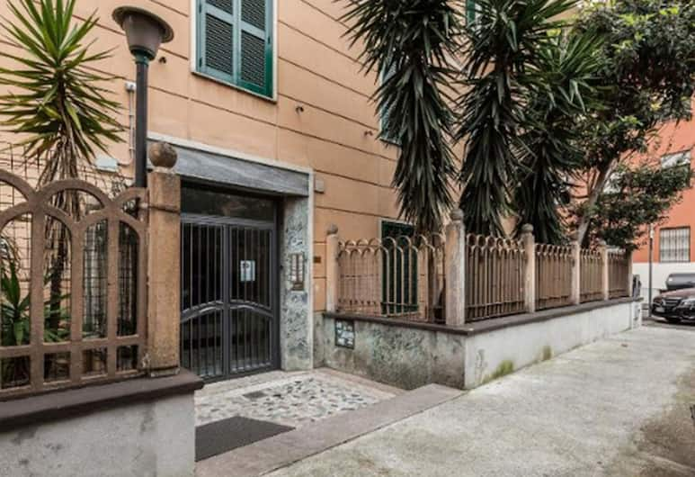 A Gem House, Roma, Pintu masuk properti