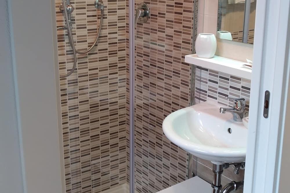 Dvojlôžková izba (Panarea) - Kúpeľňa