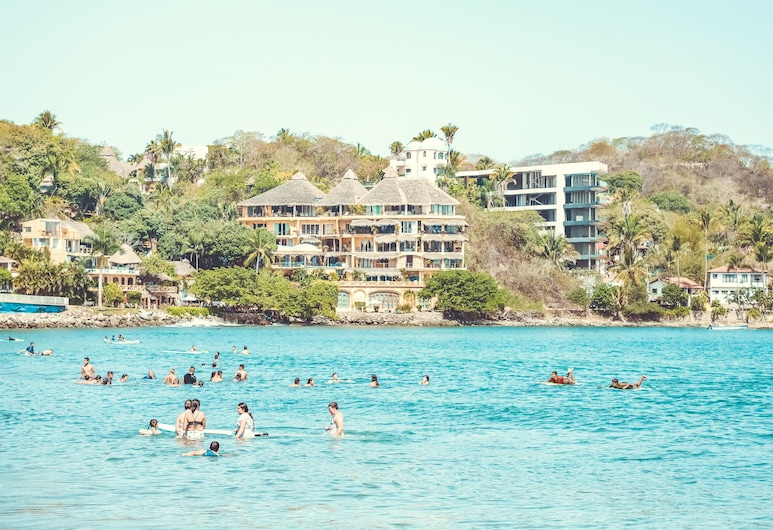 ホテル ペイセ サイリータ & ビーチ クラブ, サユリータ, ビーチ
