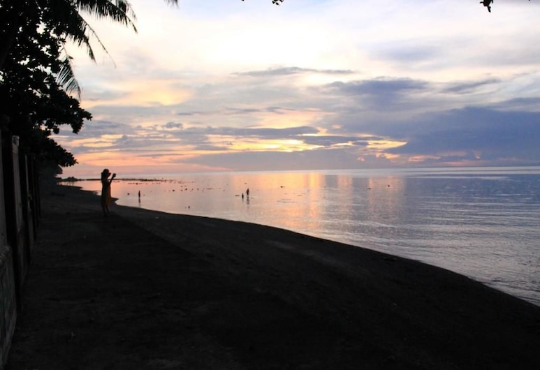 July's Haven Seaside Pension, Mambajao, Playa