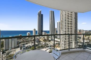 Picture of GCHR Chevron Renasissance in Surfers Paradise