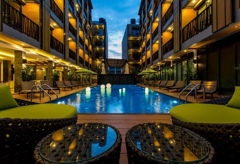 GLOW Ao Nang Krabi, Krabi, Poolbar