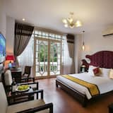 Deluxe Triple Room, Balcony, City View - Guest Room