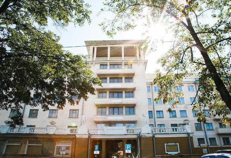 乌拉尔大酒店, 叶卡捷琳堡