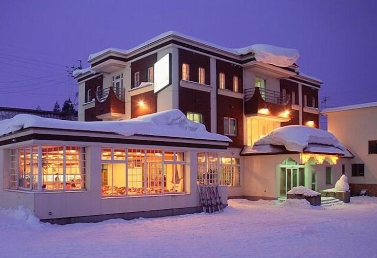 HOTEL EVE PLAZA, Otari, Hotel Front