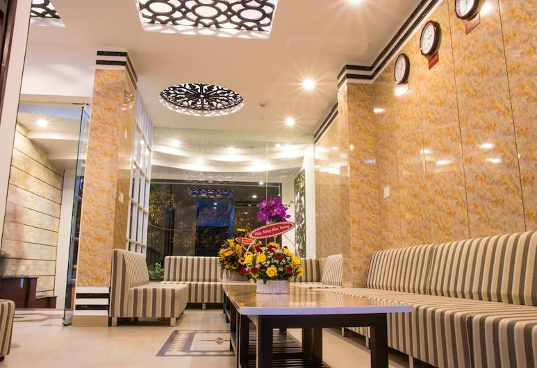 Maika Hotel, Nha Trang, Priestory na sedenie v hale