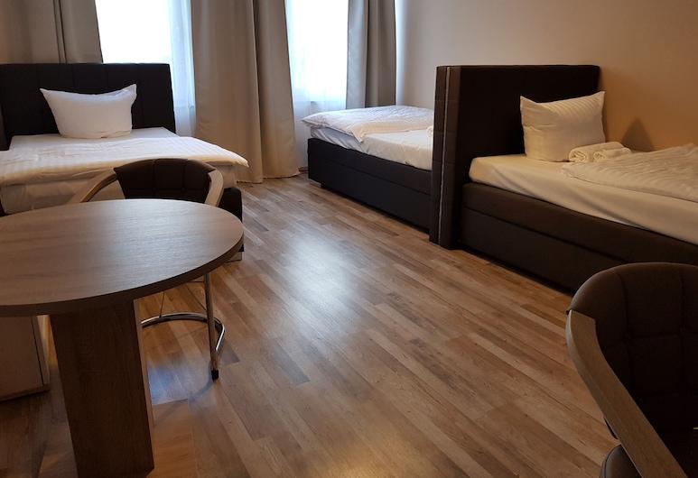 Hotel-Residenz Oberurseler Hof, Oberursel, Quarto Triplo Comfort, 1 Quarto, Quarto