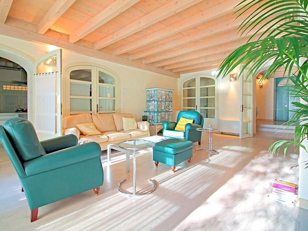 Villa le Terrazze in Torri del Benaco - Hotels.com