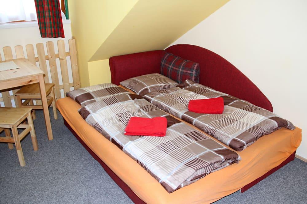 Apartemen Keluarga (Apt 43) - Ruang Keluarga