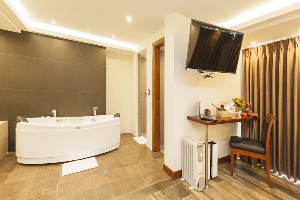 Suite Triple Room  - Bilik Tamu
