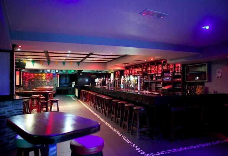 McSorleys Bar and Nightclub, Killarney, Viešbučio baras