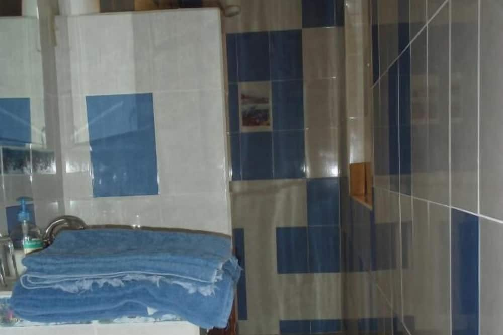 Familjelägenhet - 2 sovrum - Badrum