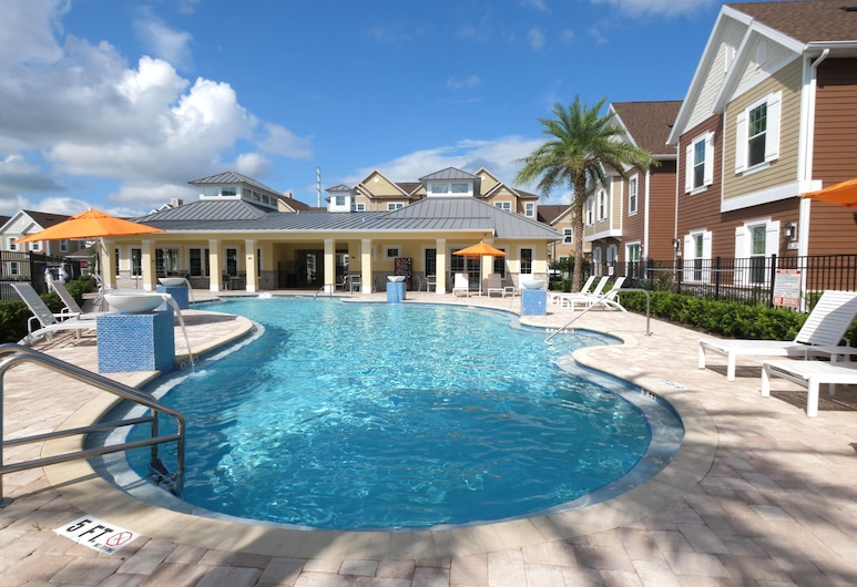 Summerville Vacation Homes by Columbia Management, Kissimmee, Zwembad