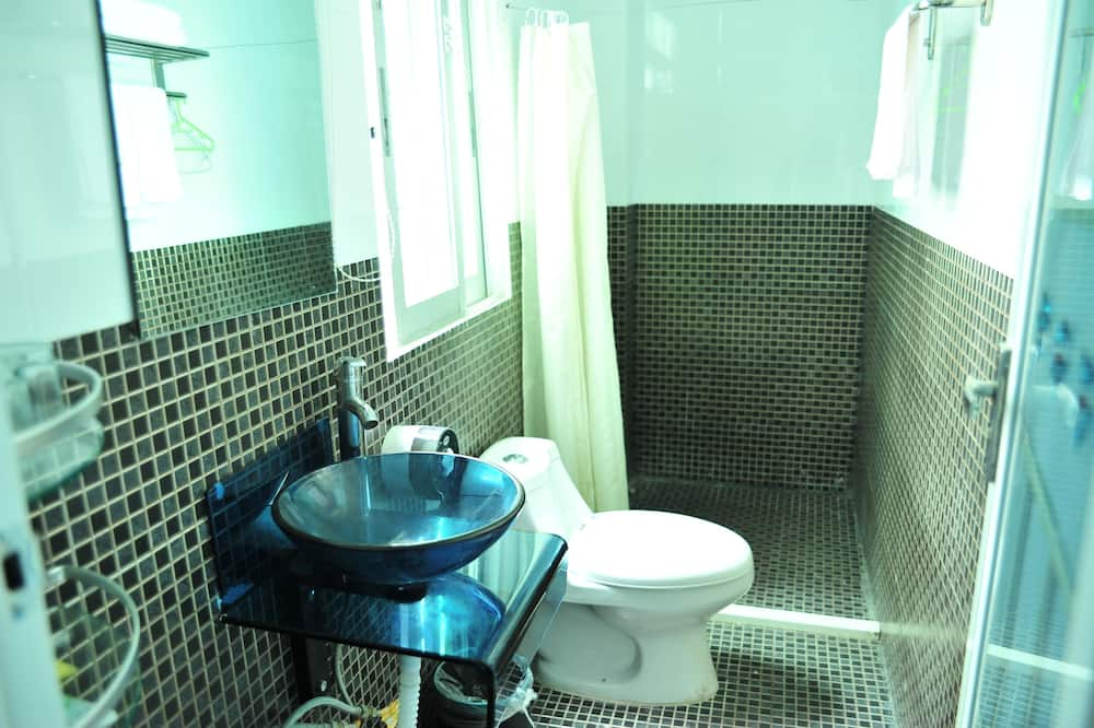 Standard Twin Room (Domestic guests only ) - Bathroom