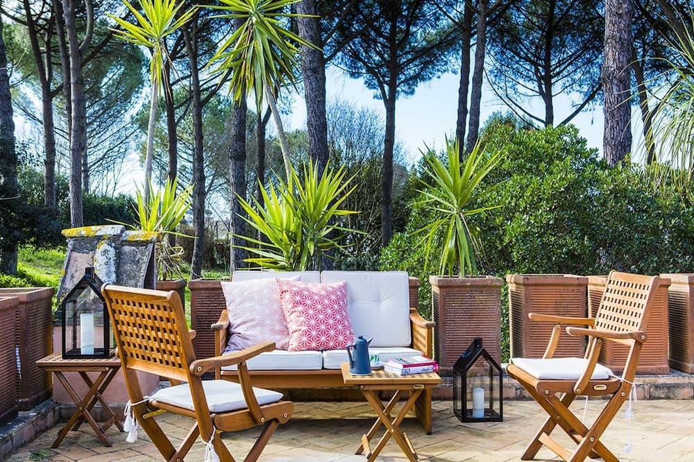 Exclusive Apartment, 2 Bedrooms, Terrace, Tower - Terrace/Patio