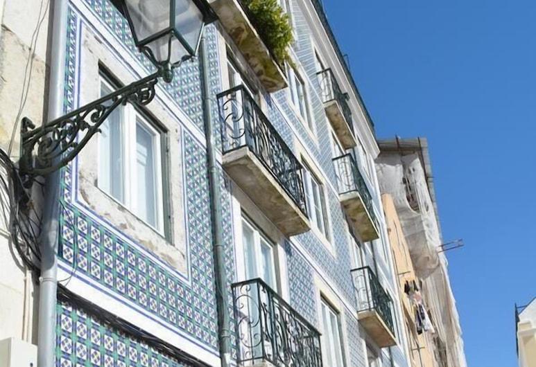 Bright Santa Catarina by Homing, Lisbon, Front of property