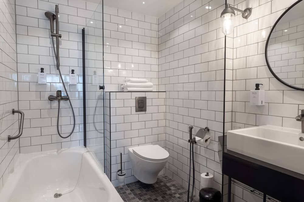 Стандартный номер, 1 двуспальная кровать «Кинг-сайз» (with Bath) - Ванная комната