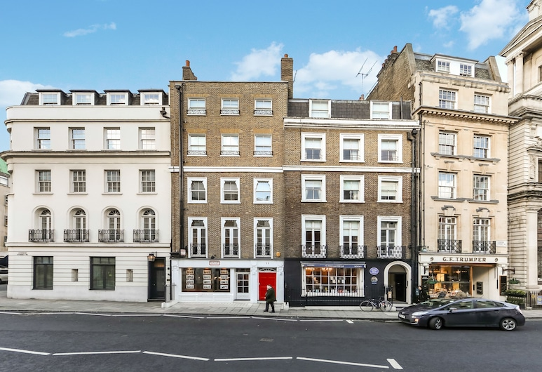 10 Curzon Street Apartments by Mansley, London, Front of property