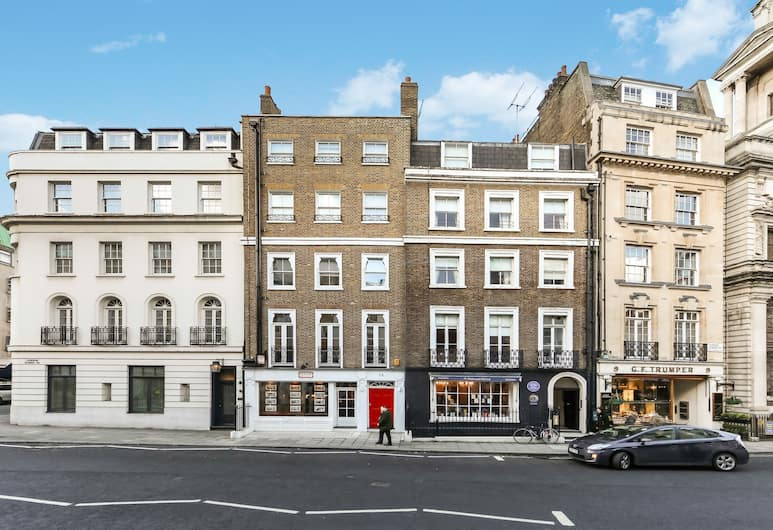 10 Curzon Street by Mansley, London, Front of property