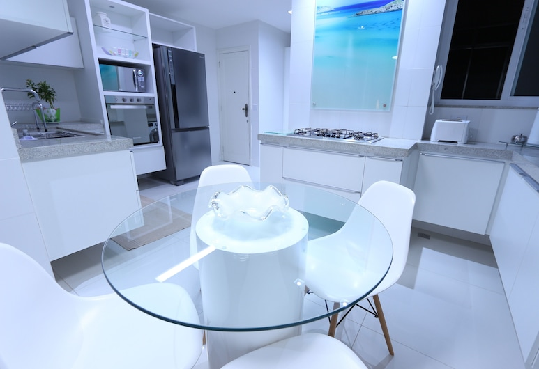 LineRio Copacabana Luxury Residence #344, Rio de Janeiro, Deluxe Apartment, 3 Bedrooms, Kitchen, Beachside, Private kitchen