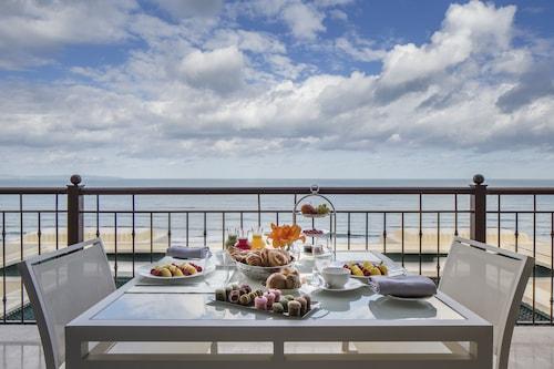 突尼斯四季酒店/