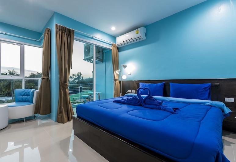 Hotel Surf Blue Kata, Karon, Deluxe Double Room with Balcony, Svečių kambarys