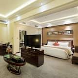 Executive Queen Room - Living Area