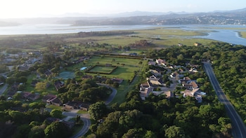 Picture of Brenton Park Holiday Cottages in Knysna