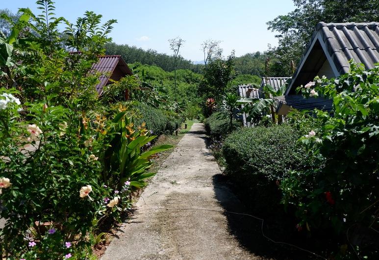 日落渡假村, 瑤島, 花園