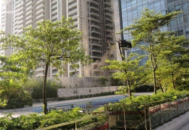 Homehunter Short Term Apartment, Shenzhen, Pool