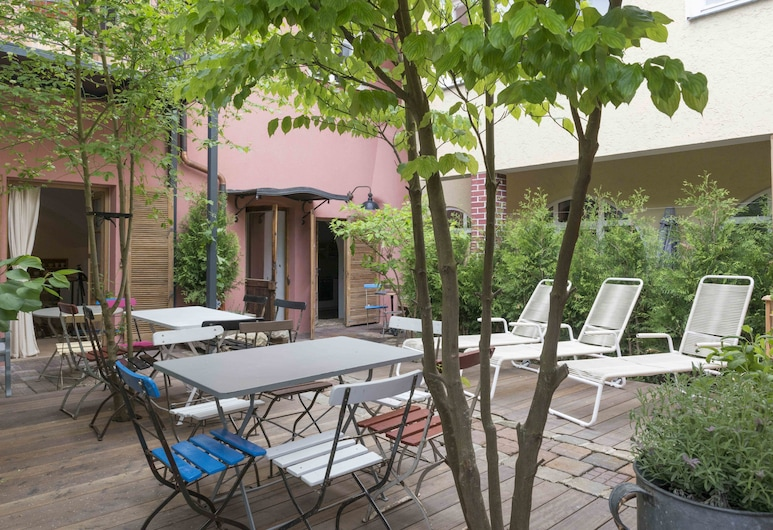 Das Hornsteiner, Passau, Design Studio, Terrace, Courtyard Area, Terrace/Patio