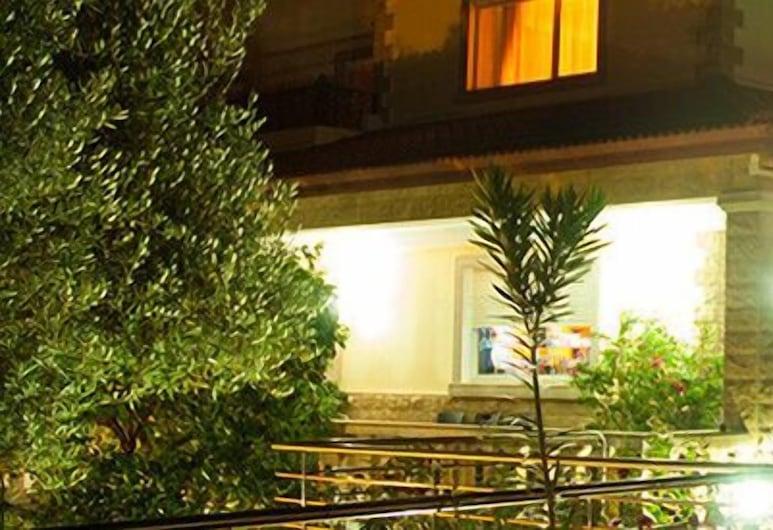 Les Belles Terrasses, Beni Mellal, Hotel Front – Evening/Night