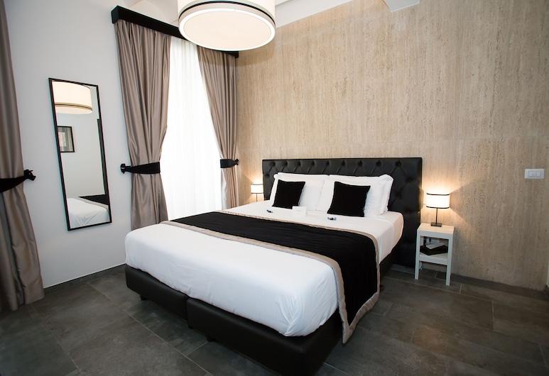特雷維方塔納特里維恩套房酒店, 羅馬