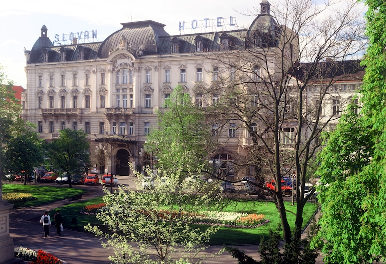 Hotel Slovan, Plzen, Fachada del hotel